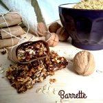 Barrette al germe di grano con datteri e noci