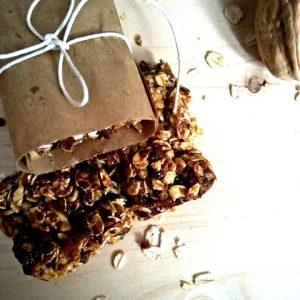 Barrette al germe di grano datteri e noci