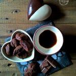 Biscottini al cioccolato con cuore fondente