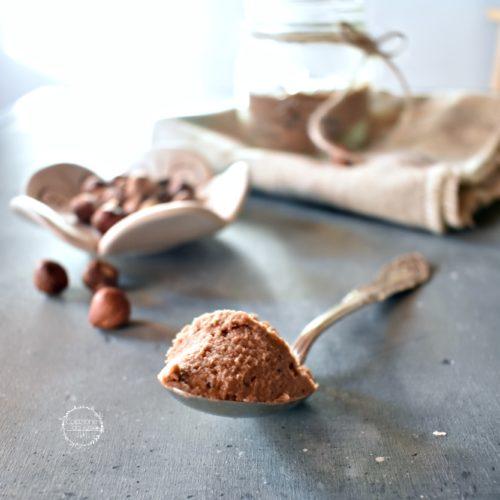 hummus dolce di ceci al cacao e nocciole