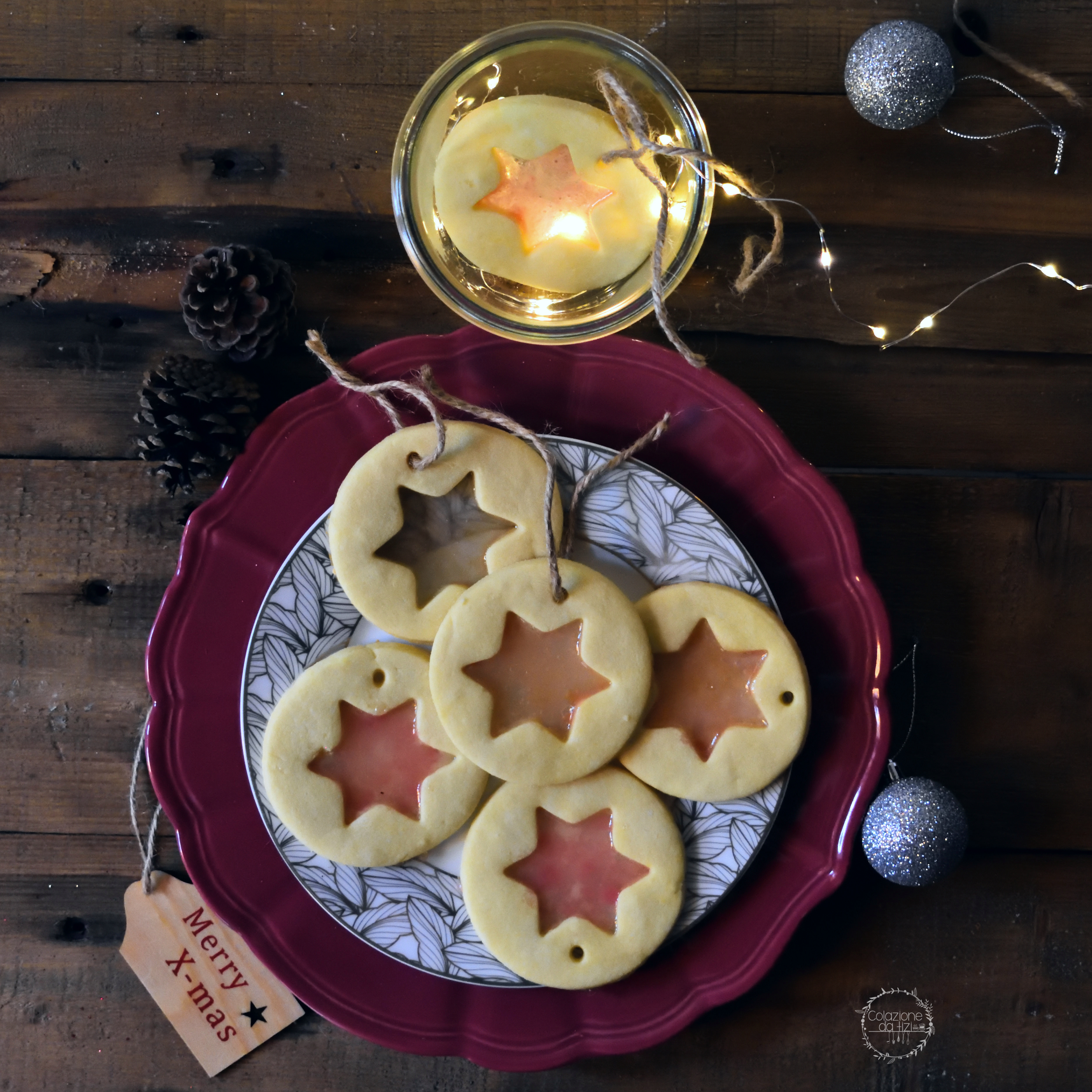 Biscotti Di Natale Effetto Vetro.Biscotti Di Vetro Colazione Da Tizi
