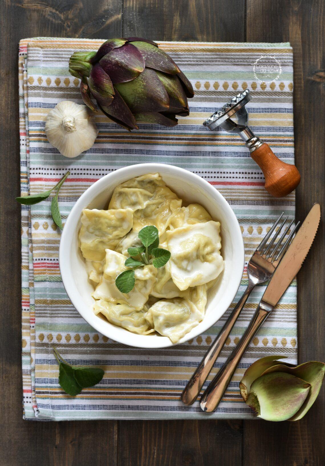 ravioli ai carciofi con crema al parmigiano